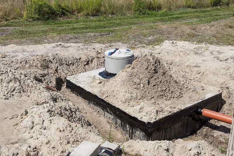 Dvoukomorový betonový septik