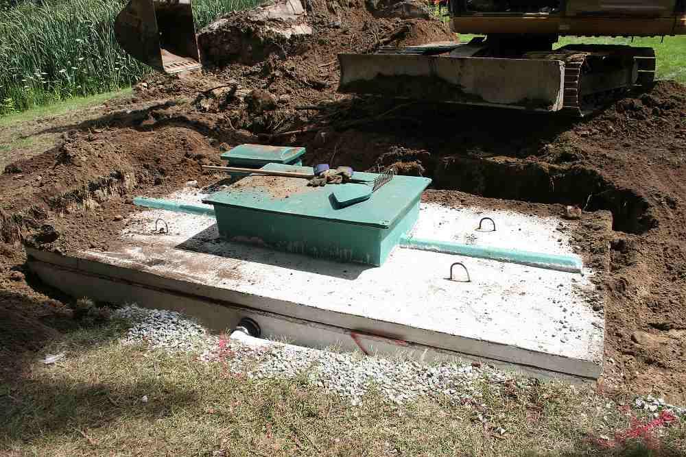 Montáž betonové jímky