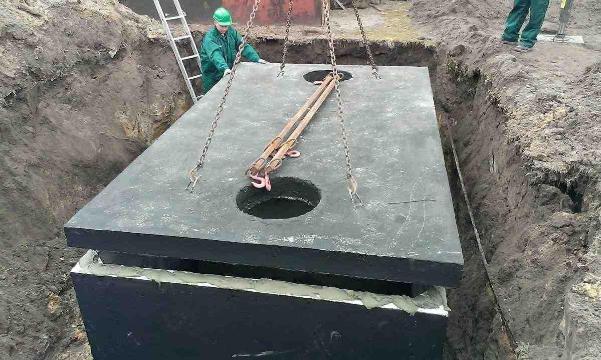 Usazení poklopu na betonový septik